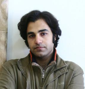 Arash Abbasi آرش عباسی نویسنده و کارگردان تئاتر