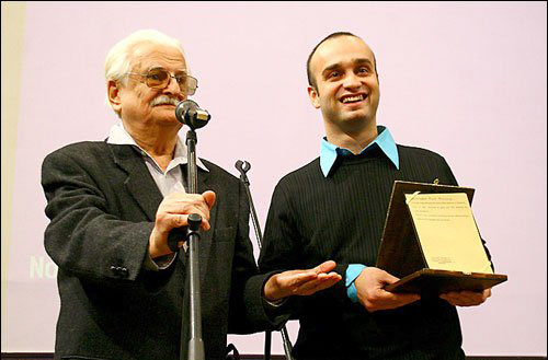 "Marlen Khutsiev, president of Jury handled The Special prize to Majid Movasseeghi for the film ""The border of my Languages"". Marlen Khutsiev is the great Russian director ""who is renowned with Luis Bunuel for getting the special Jury awards in Venice Film Festivals in 1965."