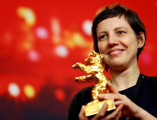 آدینا پینتیلی فیلمساز رومانیایی که برنده خرس طلایی برای فیلم تجربی به من دست نزن شد